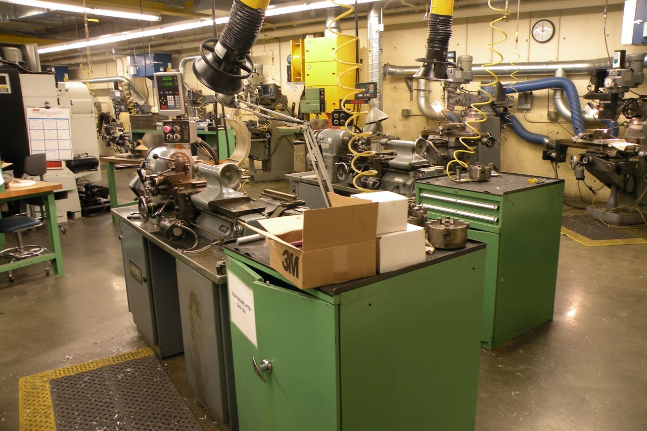 Two Hardinge Tool Room Lathes » Scientific Instrument Facility